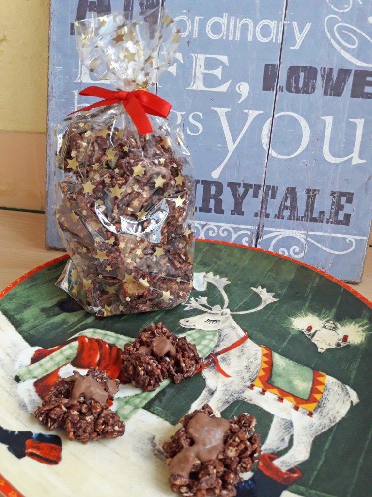 Schokoknusperhäufchen - das perfekte Geschenk für Chocoholics. Foto: Kristin Steffan