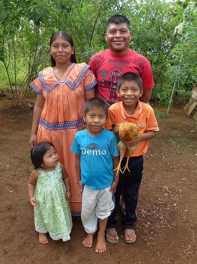 Nicolas Santos lebt mit seiner Familie auf dem ForestFinance-Gelände. Foto: ForestFinance