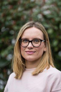Inna Rieger ist bei ForestFinance für Messeauftritte und andere Veranstaltungen verantwortlich. Foto: Katrin Spanke