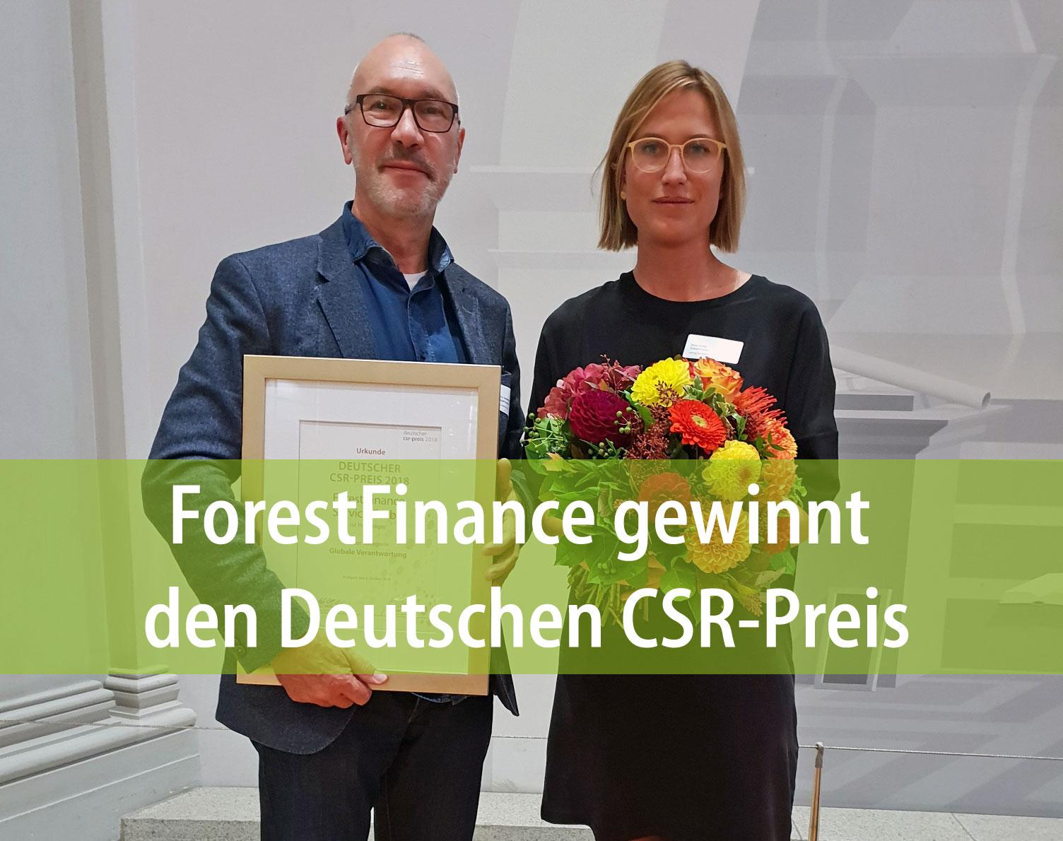 ForestFinance-Gründer und -Geschäftsführer nahm den CSR-Preis gemeinsam mit Nina Rattay, Leiterin der Kommunikationsabteilung, in Stuttgart entgegen. Foto: ForestFinance