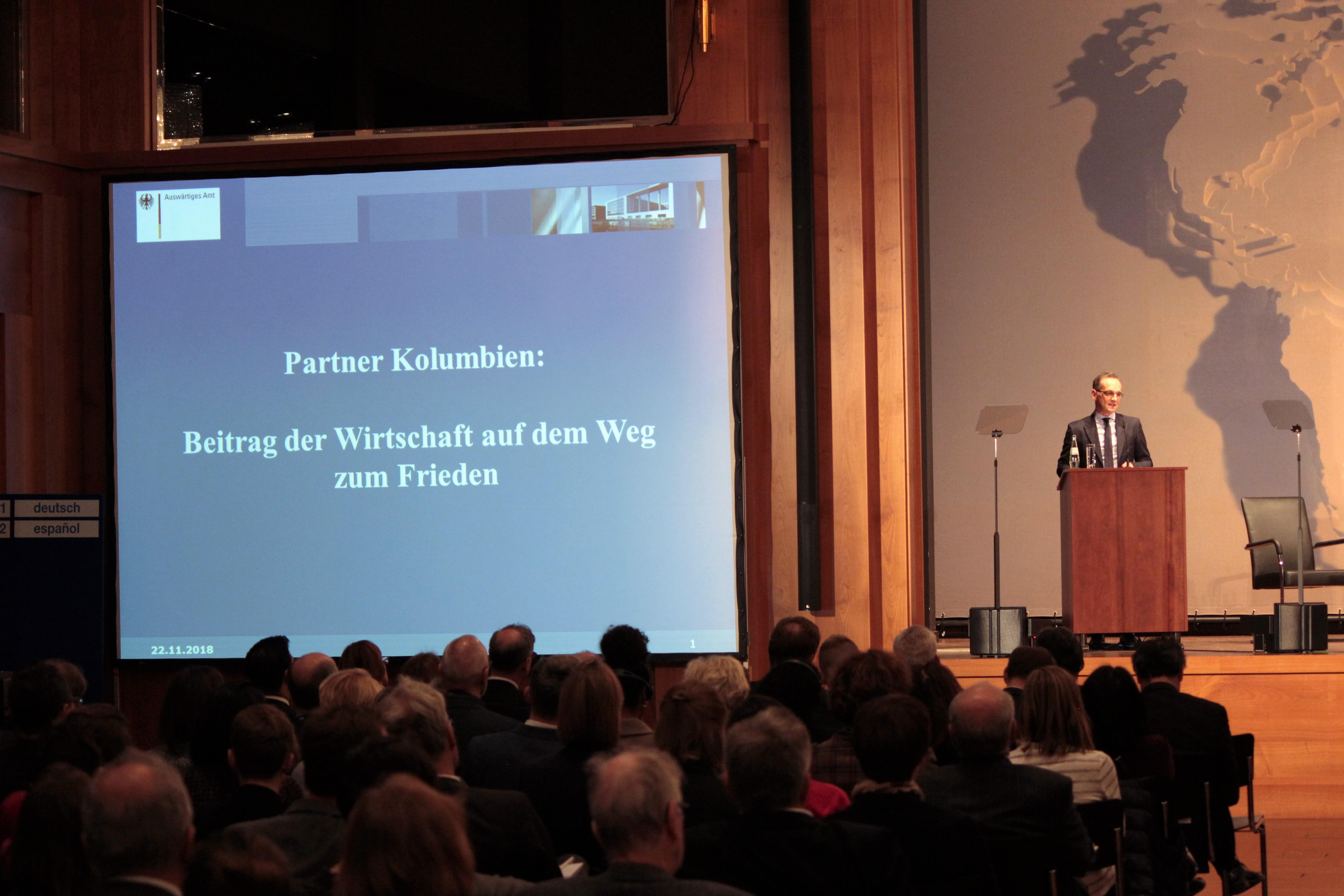 Heiko Maas eröffnete am 22. November 2018 die Konferenz im Auswärtigen Amt in Berlin. Foto: Jan Fockele