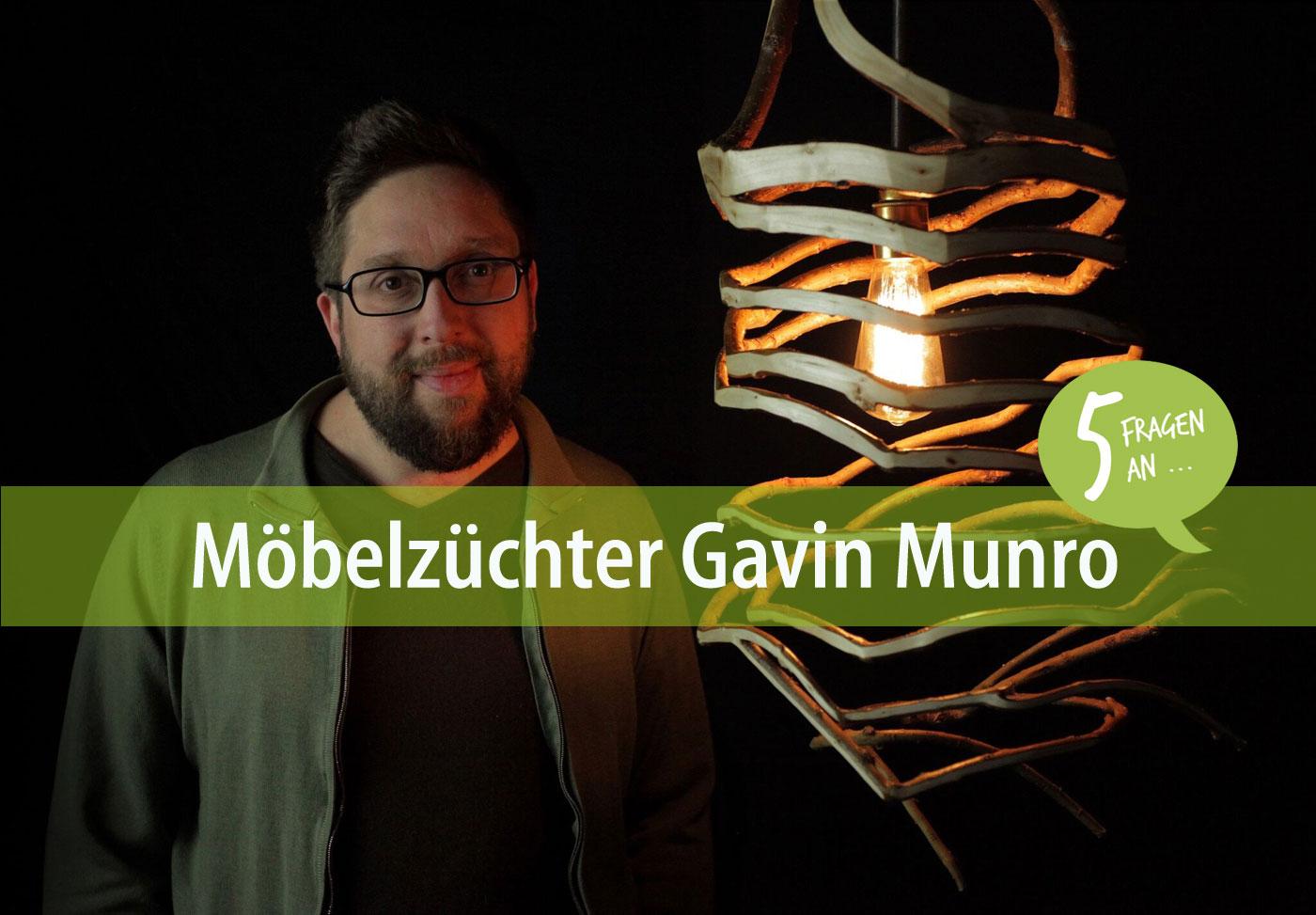 Gavin Munro mit einem seiner gezüchteten Lampenschirme. Foto: privat