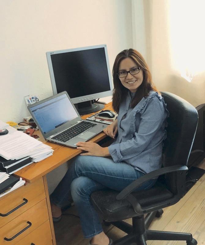 Marisol arbeitet aus ihrem Bonner Home Office und hält von hier aus engen Kontakt mit den KollegInnen vor Ort. Foto: privat